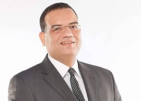"""مسلم: وحدة المصريين تتجاوز الأزمات.. وسأسافر على """"مصر للطيران"""" دعما للشركة"""