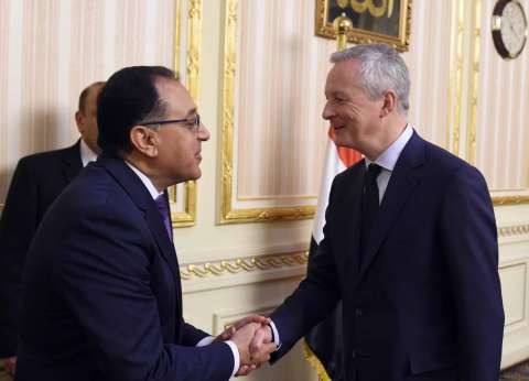 مدبولي: نتطلع للتعاون مع فرنسا في مجال تصنيع البلازما ومشتقات الدم
