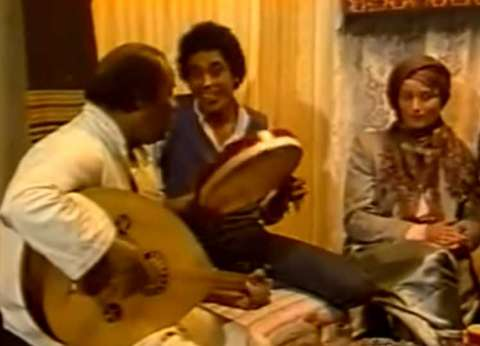 بالفيديو| كيف سحر محمد منير «داليدا» بـ«الفلة والياسمينا»