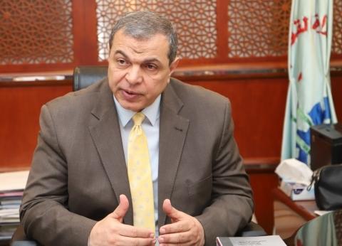 وزير القوى العاملة ينهي خلافا بين مصريين على 10 آلاف يورو في اليونان