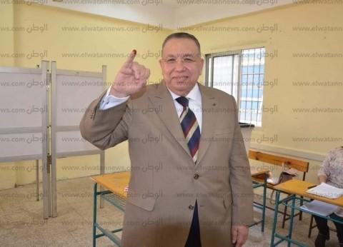 وكيل مجلس النواب يدلي بصوته على التعديلات الدستورية