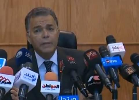 """وزير النقل لـ""""الوطن"""": أطالب المواطنين باستخراج الاشتراكات المخفضة"""
