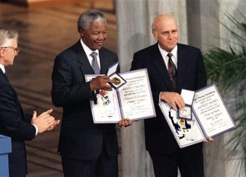 """من """"شباب العالم"""" إلى الاتحاد الإفريقي.. مانديلا حاضر في أحاديث السيسي"""