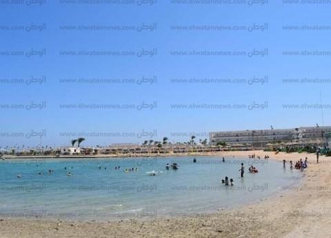 """""""البحر الأحمر"""" تستقبل الآلاف من المصطافين لقضاء إجازة عيد الأضحى"""