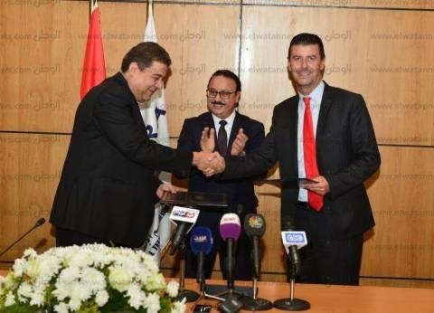 """رئيس """"فودافون"""" يزور مصر للقاء رئيس الوزراء لبحث أزمة الجيل الرابع"""