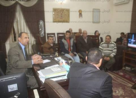 بالصور| رئيس مدينة دسوق يبحث تقنين واضعي اليد على أملاك الدولة