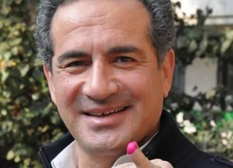 الفنان محمد ثروت يدلي بصوته في دائرة قصر النيل بالزمالك