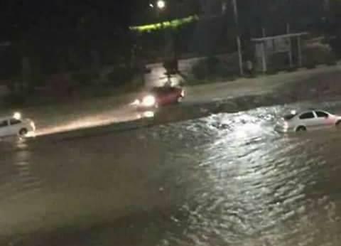 """""""غرق سيارات وسقوط أسقف"""".. هكذا قضى سكان التجمع ليلة سقوط الأمطار"""