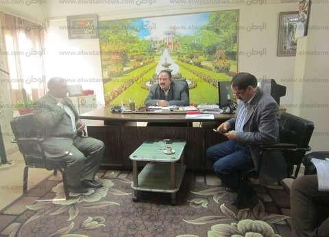 رئيس مدينة بسيون يطالب بتكثيف حملات إزالة التعديات