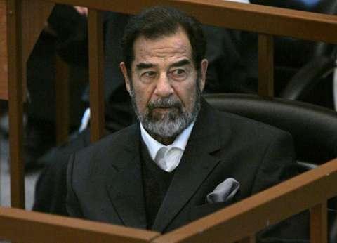 """كاتبة أمريكية: صدام حسين اجتذب داعمين جدد عن طريق """"النفقات الاجتماعية"""""""