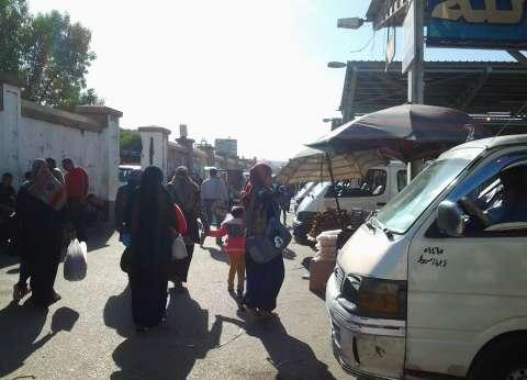 إزالة 26 موقفا عشوائيا لسيارات الميكروباص في الإسكندرية