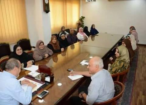 بالصور| محافظ دمياط يعقد اجتماعا مع مدير إدارة شؤون البيئة