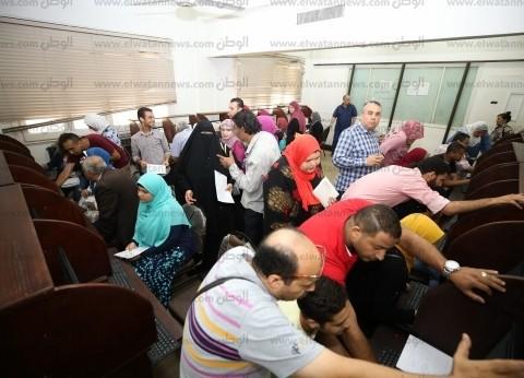في أول أيام التنسيق.. إقبال كثيف على معامل جامعة القاهرة