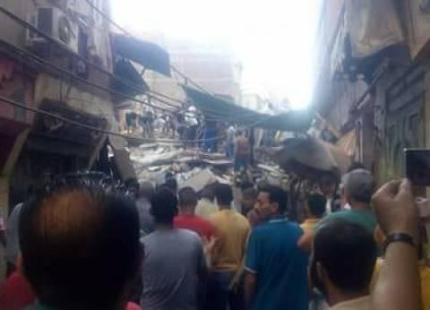 انهيار عقار بعزبة البرج في دمياط وأنباء عن سقوط ضحايا
