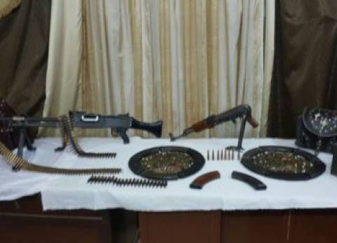 ضبط رشاش جرينوف وبندقية تركي بحيازة شخص في أسيوط