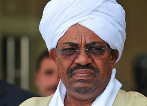 """البشير في الدوحة لبحث جهود قطر في """"إعادة إعمار السودان"""""""