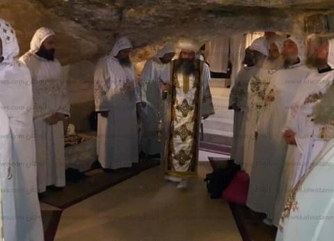 الكاتدرائية تواصل إرسال الوفود الكنسية إلى القدس رغم منع زيارة الأقباط
