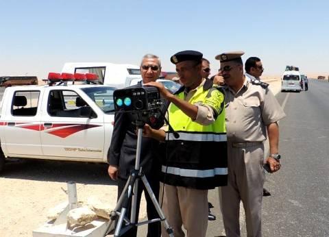 مدير أمن المنيا يتفقد الحملات المرورية داخل المدينة وخارجها
