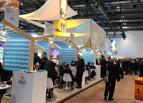 مستثمرو جنوب سيناء: معرض لندن يبشر بعودة السياح البريطانيين لشرم الشيخ