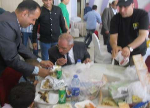 بالصور| مديرية أمن بني سويف تقيم حفلا لـ150 طفلا يتيما بنادي الشرطة
