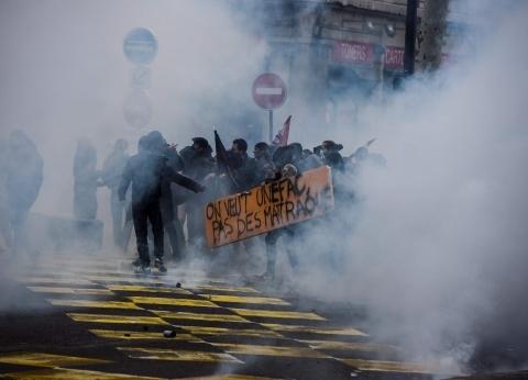 قبل برج إيفل.. معالم أثرية ومناطق سياحية تضررت خلال احتجاجات فرنسا