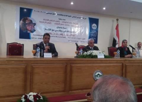 حواس: ثورة يناير كانت نكبة وكارثة على الآثار المصرية