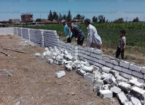بالصور| حملة لإزالة التعديات على الأراضى الزراعية في كفرالشيخ