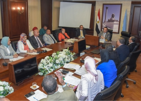 محافظ الإسكندرية: الاهتمام بالتعليم هو أساس بناء الدولة وتقدمها