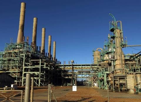 «الأزمات الدولية» تحذر: الصراع على عائدات النفط والغاز فى ليبيا يسبب انهياراً اقتصادياً