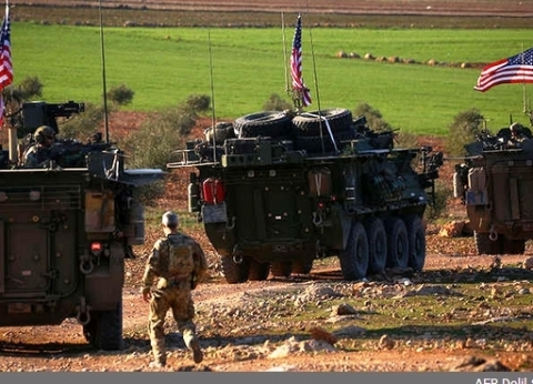 الخارجية الأمريكية تطلب من موظفيها مغادرة العراق
