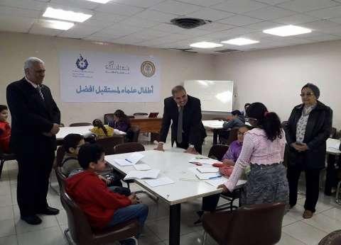 بالصور| لقاء مفتوح بين رئيس جامعة الأزهر وطلاب جامعة الطفل