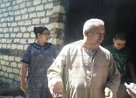 الحداد يجمع مسلمى ومسيحيى «نزلة حنا» حزناً على ضحايا القرية