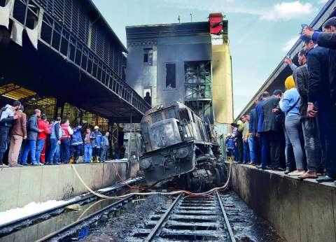 """نائب رئيس السكة الحديد عن المتسبب في حادث محطة مصر: """"معرفوش"""""""