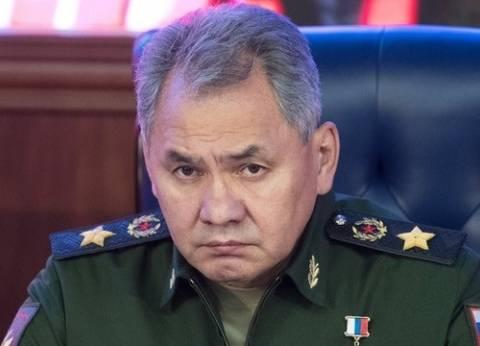 """وزير الدفاع الروسي يشكر عسكريين تولوا تأمين زيارة بوتين لـ""""حميميم"""""""