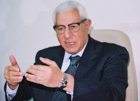 نقابة الصحفيين تعلن عن تضامنها مع مكرم محمد أحمد