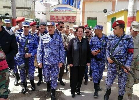 مساعد رئيس أركان حرب القوات المسلحة يتفقد عددا من لجان البحيرة