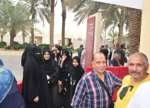 سفارة مصر بالرياض تنشر صورا لتوافد المصريين للإدلاء بأصواتهم