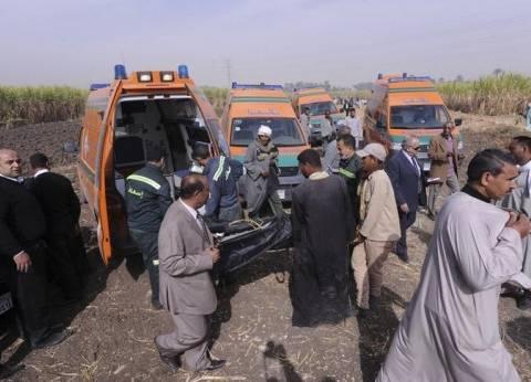 """إصابة 6 في حادث انقلاب سيارة أمام قرية """"عليم"""" بالشرقية"""