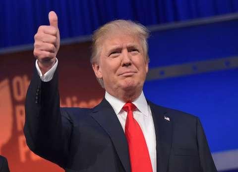 أبومازن يهنئ ترامب برئاسة أمريكا: نأمل في أن يتحقق السلام خلال عهدك