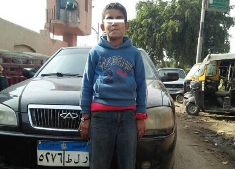 ضبط طفل 8 سنوات غافل صاحب سيارة وسرقها في القليوبية
