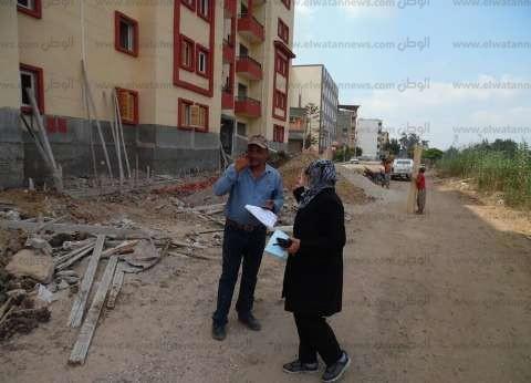 بالصور| رئيس مدينة الحامول تتفقد عمارات إسكان الشباب بكفر الشيخ