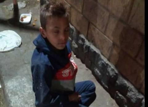 """مأساة الطفل """"يوسف"""" سجن والديه جعله يسكن الشارع: """"نفسي أشوف أبويا وأمي"""""""