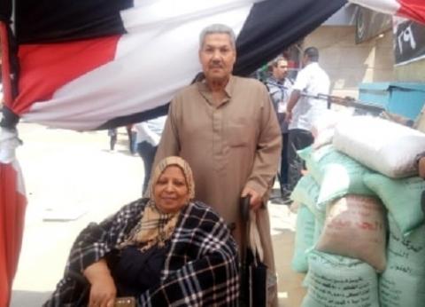 50 عاماً «حب وزواج ولجان انتخابية»: «محمد وعزيزة».. مع مصر على الحلوة والمرة