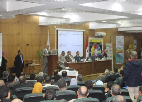 رئيس جامعة كفر الشيخ يشيد بالملتقى السنوي الثالث بكلية الزراعة