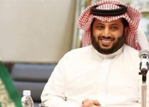 بالفيديو  تركي آل الشيخ يكتب أغنية للمنتخب السعودي