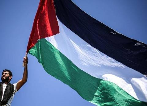 الفلسطينيون يشيعون جثامين شهداء المواجهات مع الاحتلال في غزة