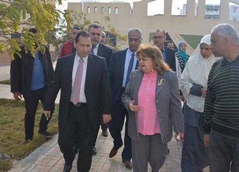 رئيس جامعة بورسعيد يتفقد أعمال البناء بمستشفى الجامعة