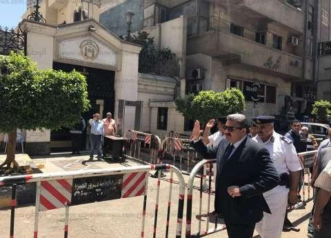 مدير أمن الجيزة يوجه قوات تأمين الكنائس في الجيزة باليقظة