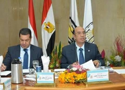بالصور| المحافظ يشارك في اجتماع مجلس جامعة أسيوط الشهري