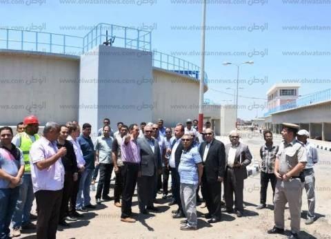 محافظ الشرقية يتفقد توسعات محطة صرف صحي في الزقازيق